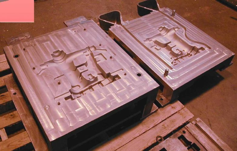 Swing Arm Mold (Finished)
